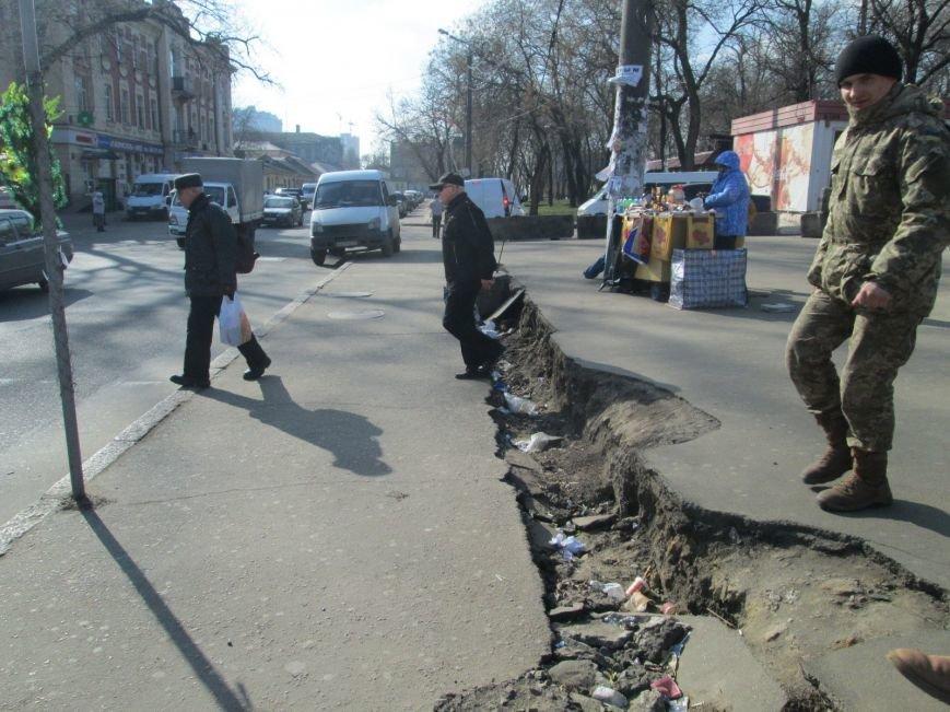 40fdde15932ade70abb503271e76fa3f В центре Одессы выросли настоящие баррикады