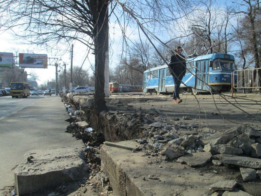 7283b034e39cef73babb1455e6bc8819 В центре Одессы выросли настоящие баррикады