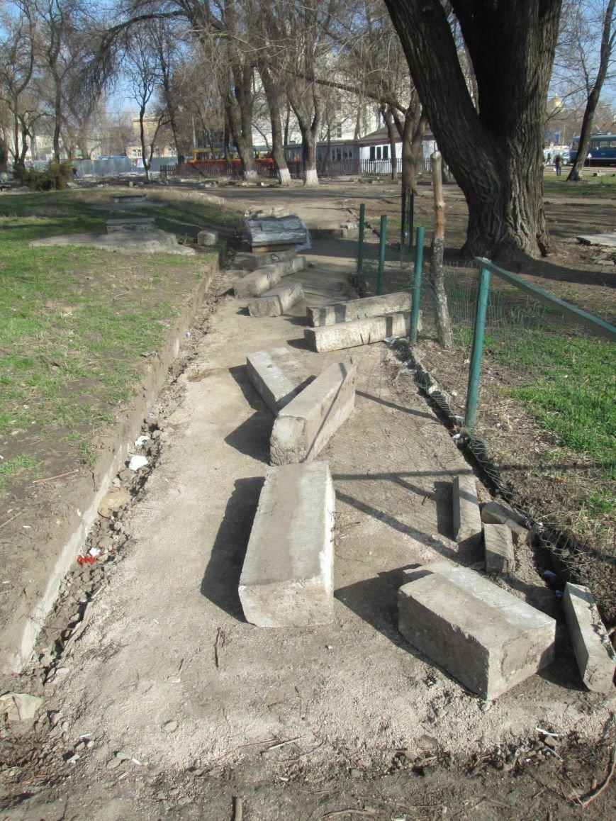 7d3ec7a407b6a77b8bf5fd53716a6e59 В центре Одессы выросли настоящие баррикады