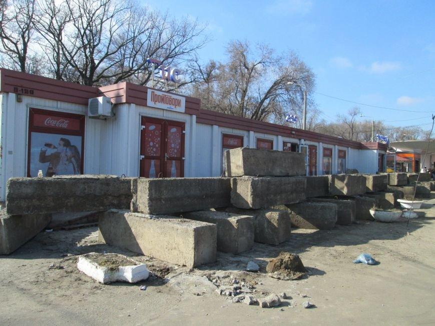 89424fdc354fbff2bc42e86ab990d57c В центре Одессы выросли настоящие баррикады