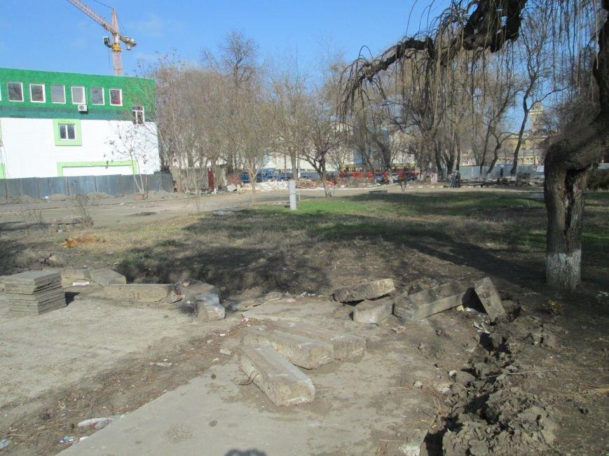 d488dcd937135a3019b9d5e6f0a5c3d3 В центре Одессы выросли настоящие баррикады