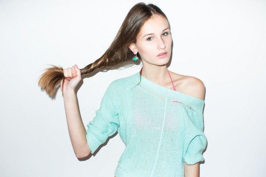Ужгородська модель «One Models» Юлія Остіян розпочала співпрацю з відомим модним домом «LANVIN» (фото) - фото 3
