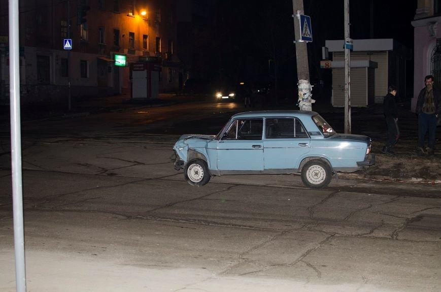 В Днепродзержинске произошло ДТП на пересечении улицы Республиканской с проспектом Аношкина (фото) - фото 2
