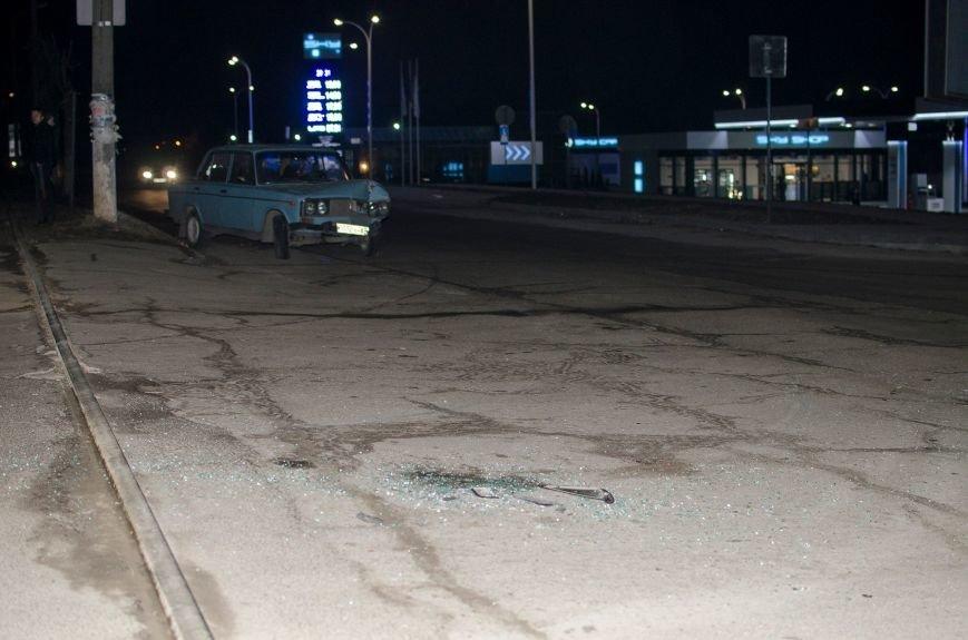 В Днепродзержинске произошло ДТП на пересечении улицы Республиканской с проспектом Аношкина (фото) - фото 1