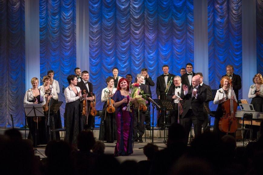 В Днепродзержинске состоялся концерт солистки Национальной филармонии (фото) - фото 3