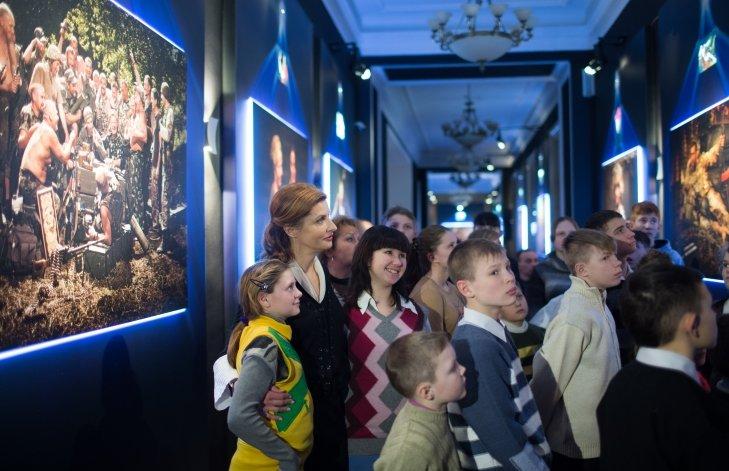 Марина Порошенко пригласила в Киев детвору из Луганского региона (ФОТО), фото-2