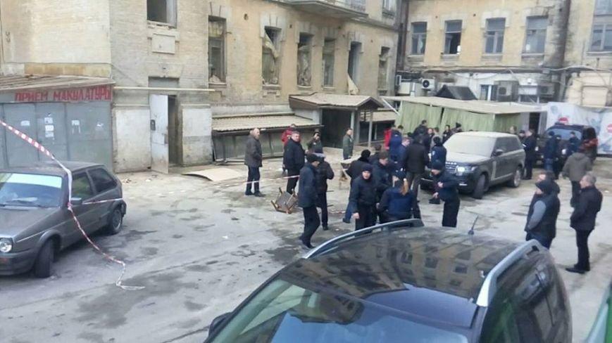 В центре Киева произошел обвал аварийного дома, есть пострадавшие (ФОТО) (фото) - фото 1