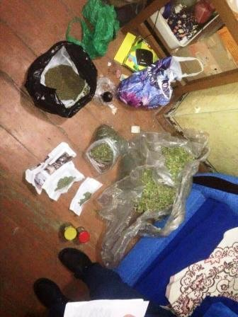 В Херсонской области задержан гражданин, который пытался сбыть 6 кг марихуаны (фото) (фото) - фото 2