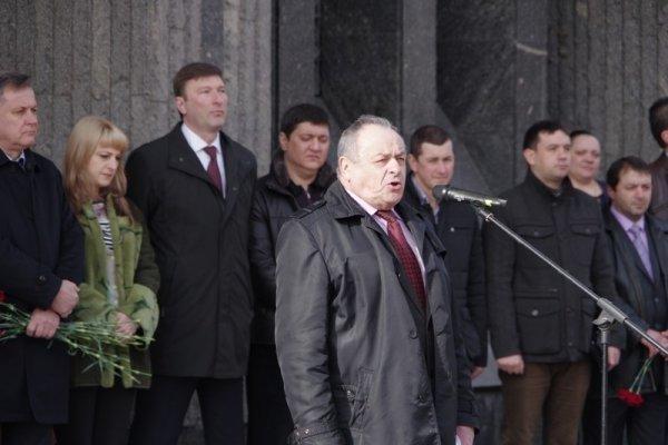 В Симферополе прошел митинг, посвященный памяти крымчан, погибших в ходе событий 26 февраля 2014 года (ФОТО) (фото) - фото 1