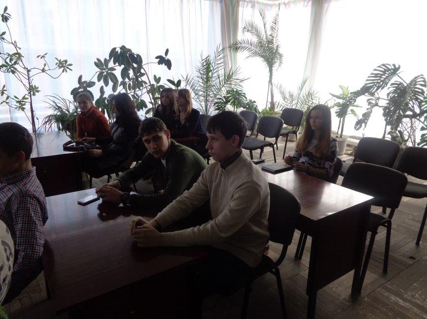 В Красноармейске рассказали о том, почему «гіркі плоди солодкого життя» столь опасны для человеческого здоровья (фото) - фото 14