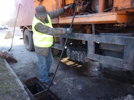 В Днепропетровске коммунальщики очистили ливнёвые стоки (ФОТО), фото-4