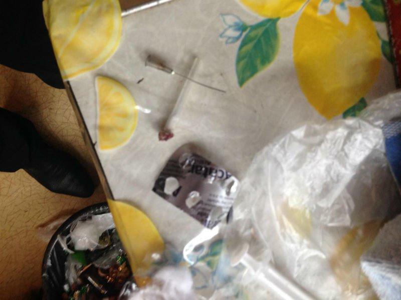 В Славянске прикрыли наркопритон (фото) - фото 1