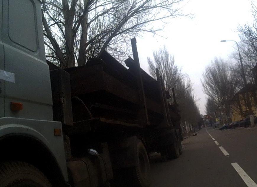 В Донецке боевики вывозят