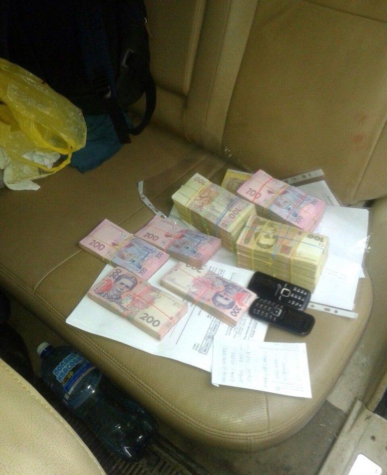 Отмывали миллионы: в Черниговской области ликвидировали конвертационный центр, фото-1