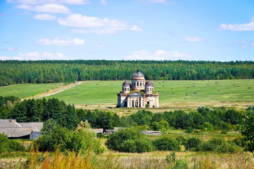 В Ульяновской области восстановят самый красивый из разрушенных храмов, фото-1
