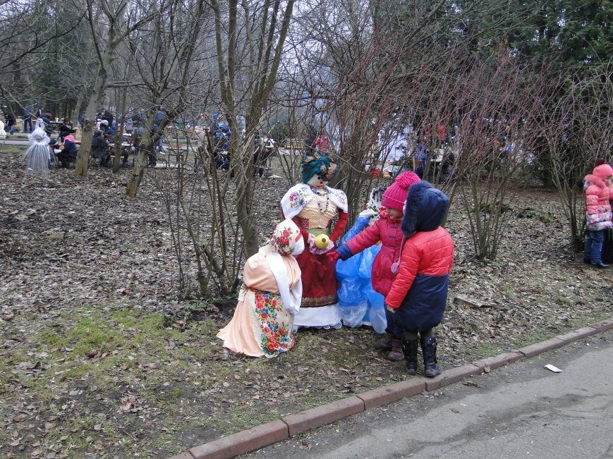 Сьогодні у Хмельницькому проводжали зиму та зустрічали весну (Фото) (фото) - фото 4