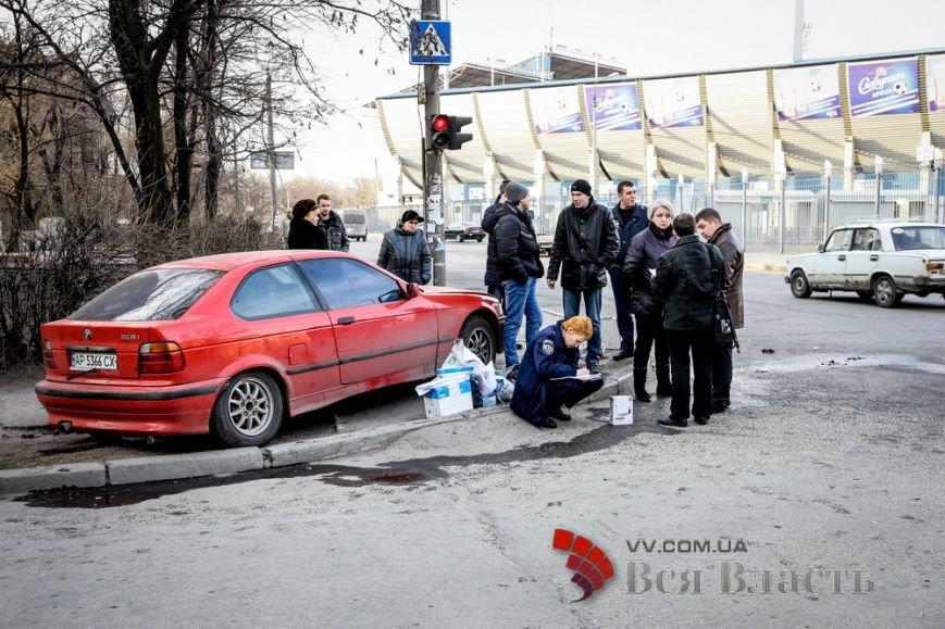 День Валентина, обстрел дома Григоры и декоммунизационная сессия: главные запорожские события февраля в фотографиях (фото) - фото 19