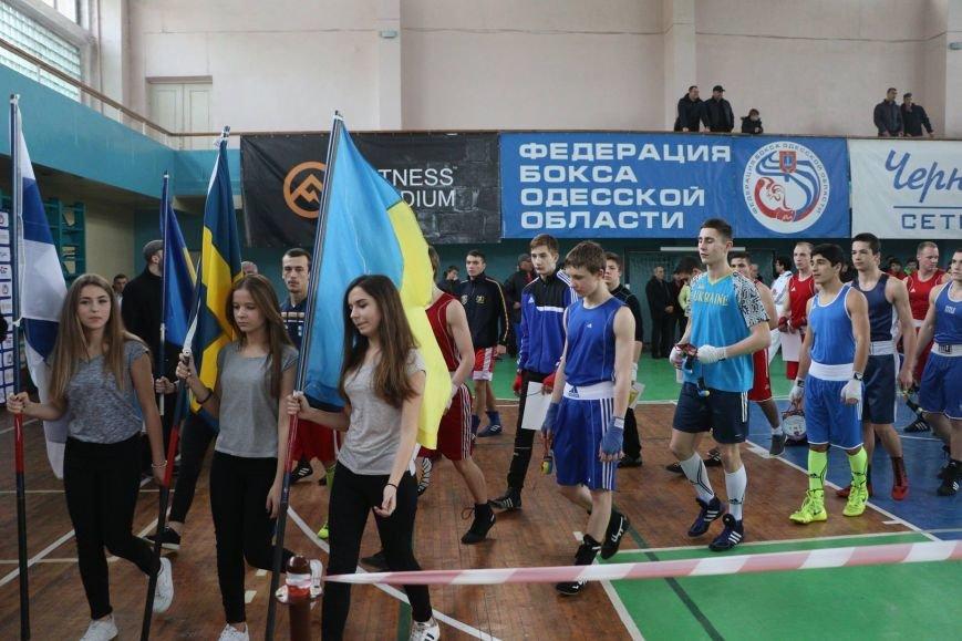 0908ac4e177c1acc016c623a6b34e57a Одесские боксеры «порвали» три страны