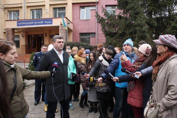 Поліція зареєструвала звернення ужгородців заарештувати вбивцю собаки (фото) - фото 2