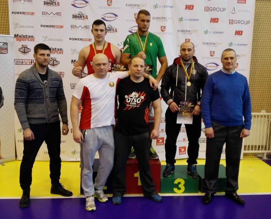 Вице-чемпион Трофимов Захар (2 место), у пъедистала тренер Хаменок П.П.