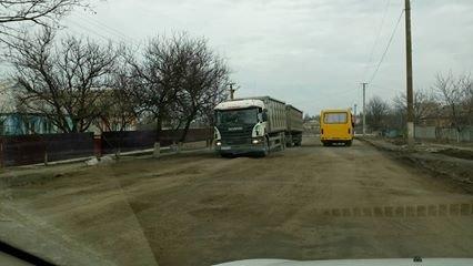 """Несмотря на запрет со стороны обладминистрации, фуры продолжают ездить по трассе Н-11 """"Кривой Рог - Николаев"""" (ФОТО), фото-9"""
