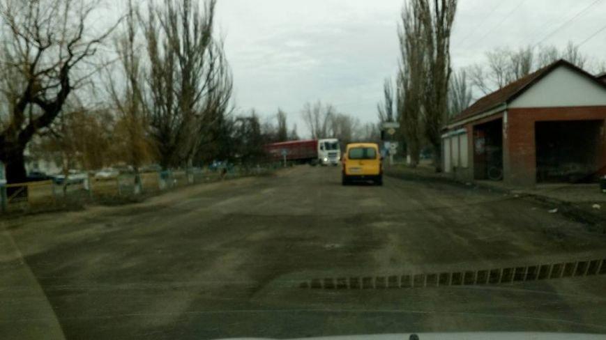 """Несмотря на запрет со стороны обладминистрации, фуры продолжают ездить по трассе Н-11 """"Кривой Рог - Николаев"""" (ФОТО), фото-7"""