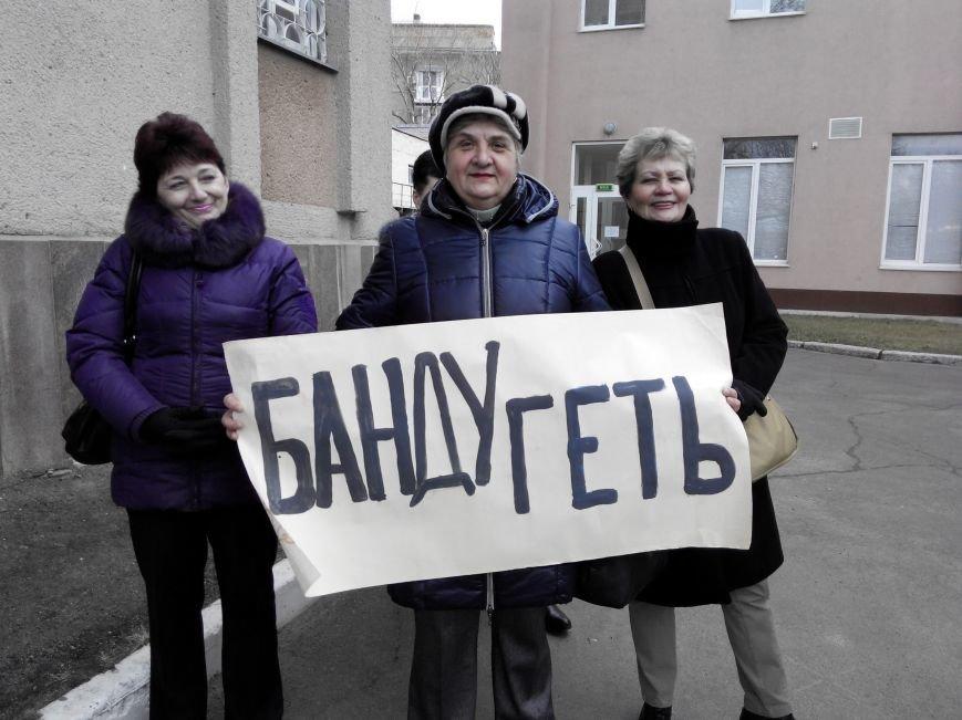 Жильцов николаевского общежития выгоняют на улицу (ФОТО) (фото) - фото 3