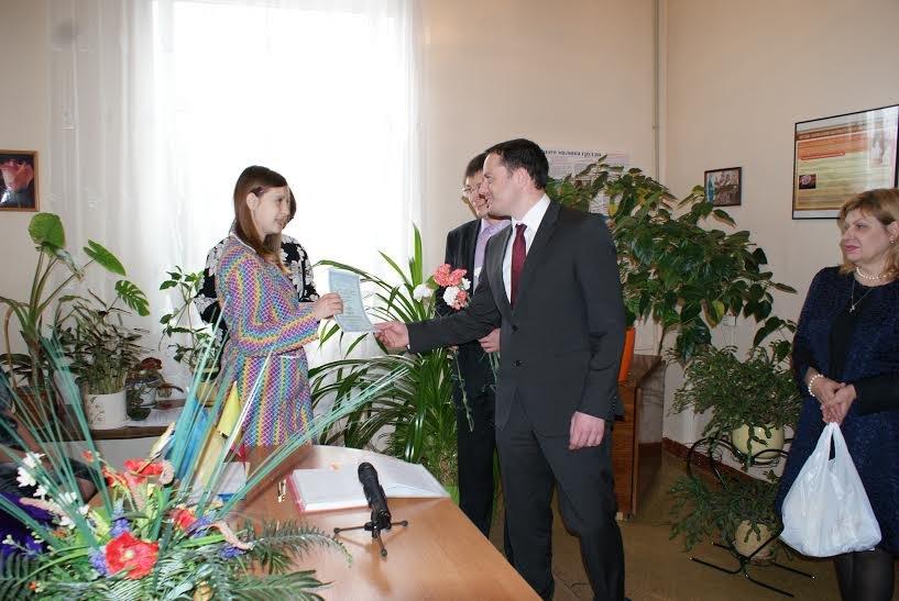 В Днепродзержинске свидетельство о рождении теперь можно получить прямо в роддоме, фото-2