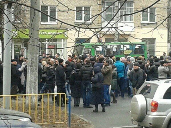 Кто и зачем митингует в центре Днепропетровска (ФОТО) (фото) - фото 3