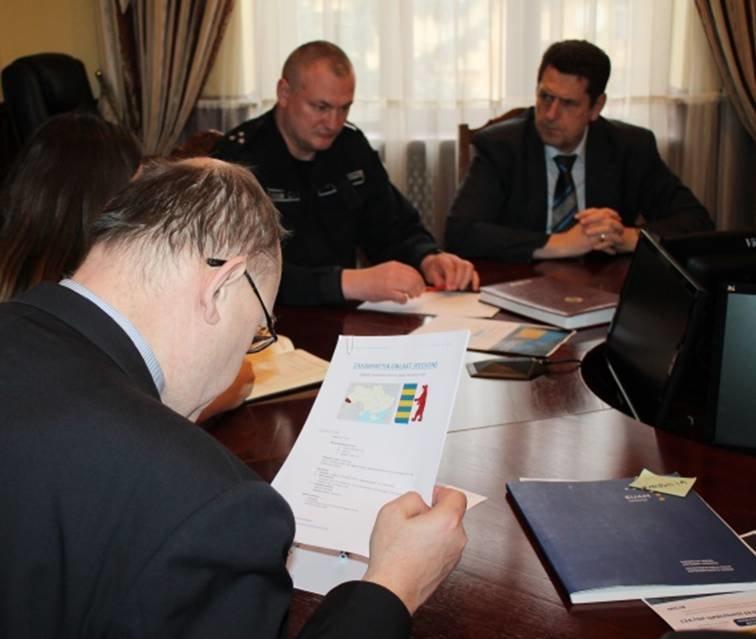 В закарпатській поліції гостюють представники Місії Євросоюзу (ФОТО) (фото) - фото 3