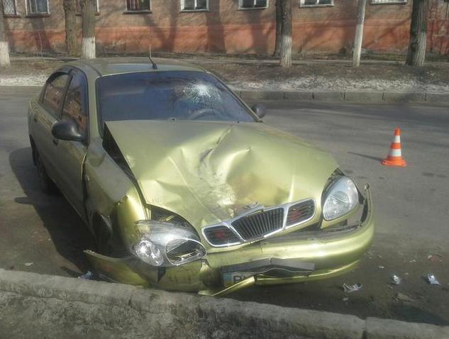 В Харькове пьяный водитель врезался в припаркованную машину (ФОТО) (фото) - фото 1
