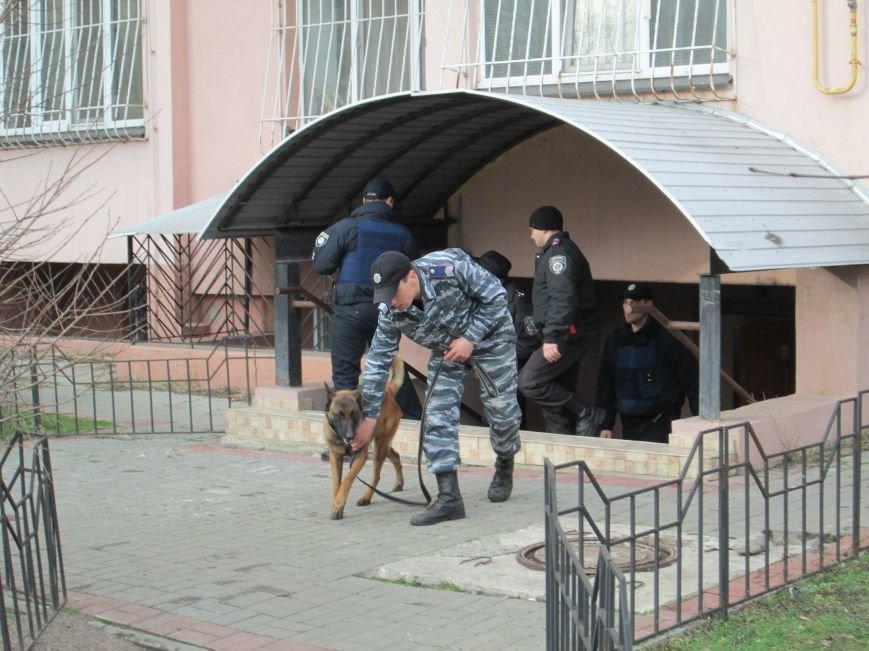 7830744c7b3a1e566e87afb8da40bb62 В Одессе телефонные террористы грозились взорвать дом с газовой компанией