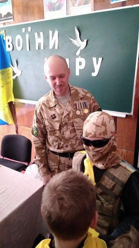 Ветеран АТО рассказал криворожским школьникам об Иловайском котле и цене мира  (ФОТО), фото-6