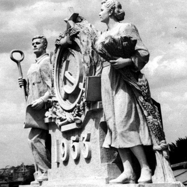 Прогулки по Запорожью с Романом Акбашем:  гуляем по Привокзальной площади (фото) - фото 7
