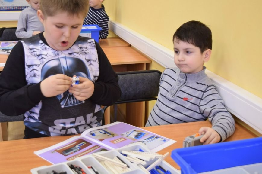 Второклассник из города Пушкина разработал модель летательного аппарата (фото) - фото 1
