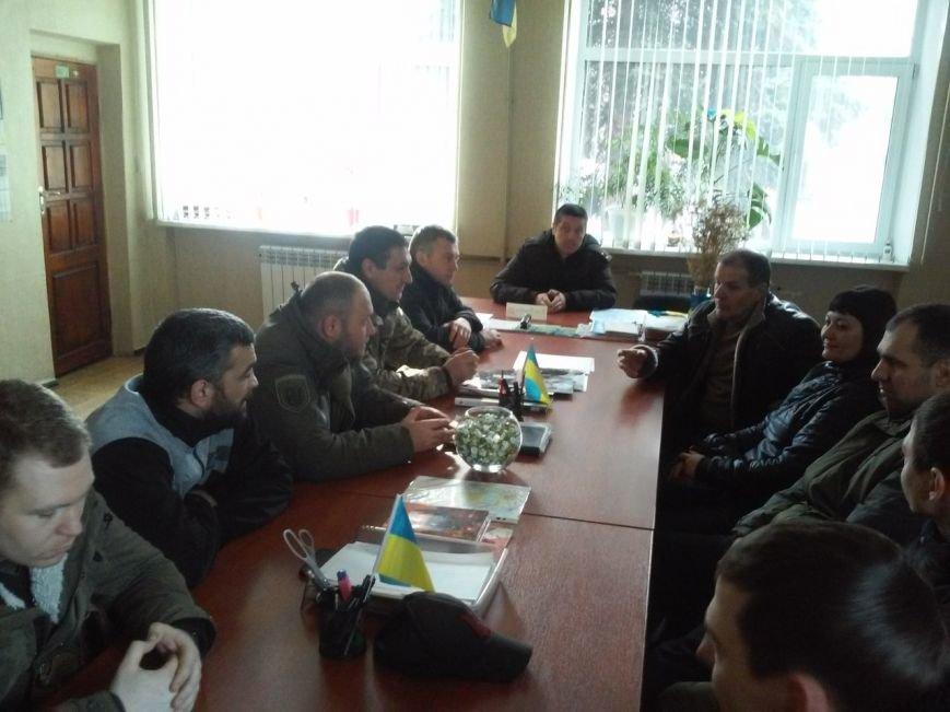 Дмитрий Ярош встретился с «Патриотами Доброполья» (фото) - фото 1