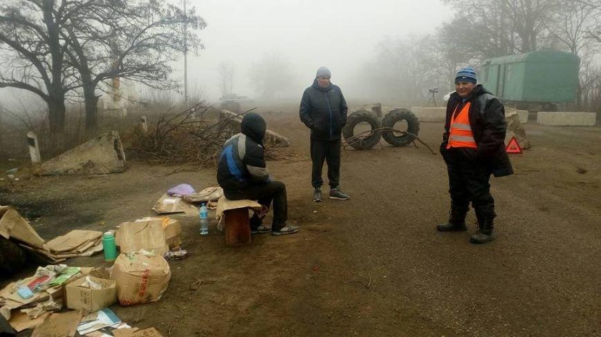 7 день блокады: жители Нового Буга настроены решительно и не намерены отступать (ФОТО) (фото) - фото 1