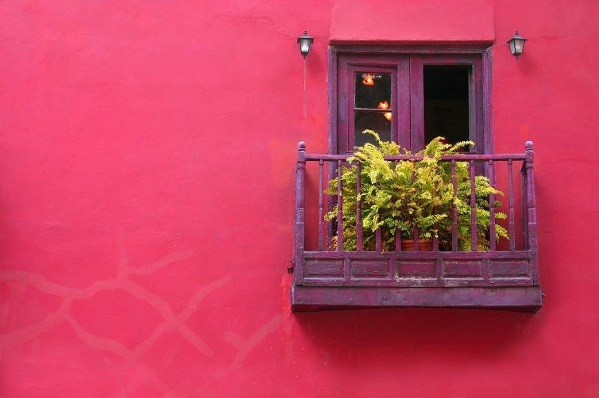balcony-with-flowers17-1024x682