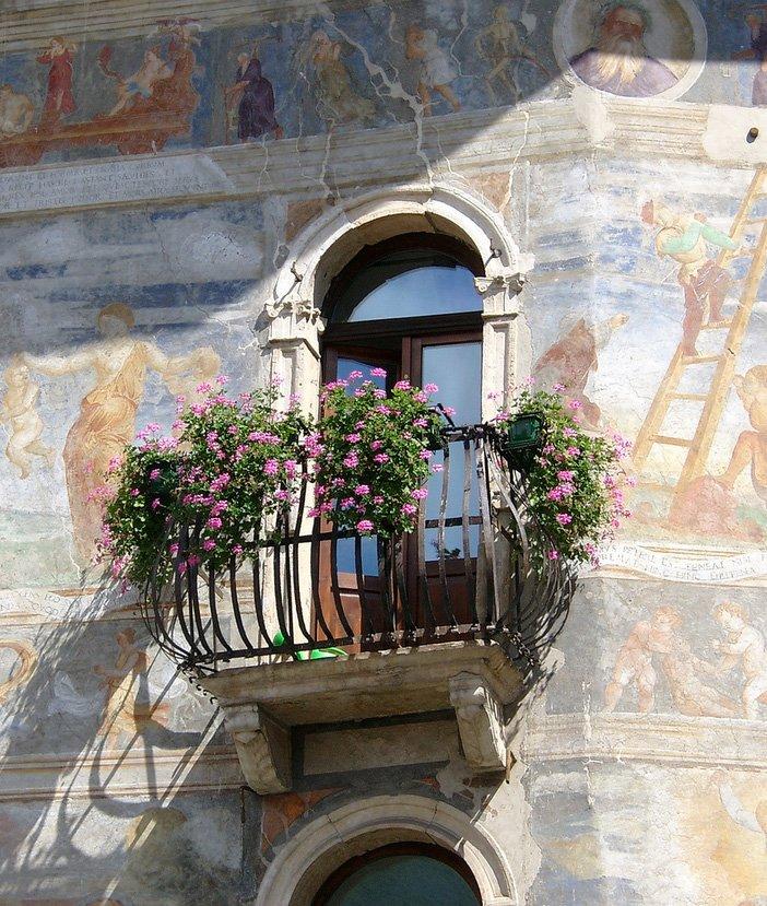 balcony-with-flowers18 (1)