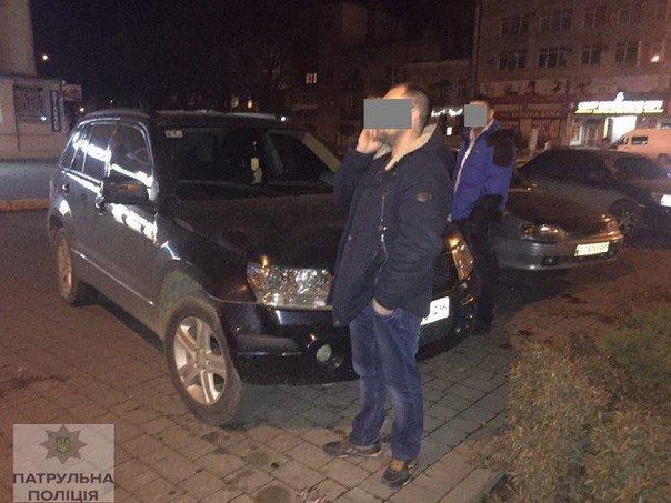 Цієї ночі франківські патрульні натрапили на двох водіїв у нетверезому стані (ФОТО) (фото) - фото 1