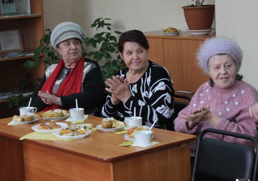 Фонд «ДАР» поздравил женщин с весенними праздниками, фото-2