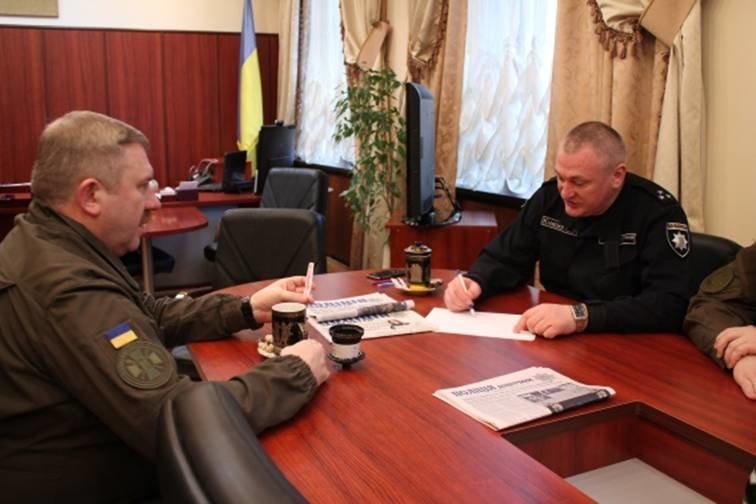 Командуючий Нацгвардії зустрівся з керівництвом закарпатської поліції (ФОТО) (фото) - фото 1
