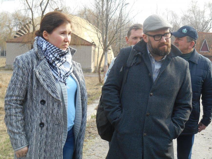 Сегодня в городском парке Славянска выбирали место для реализации новых проектов (фото) - фото 1