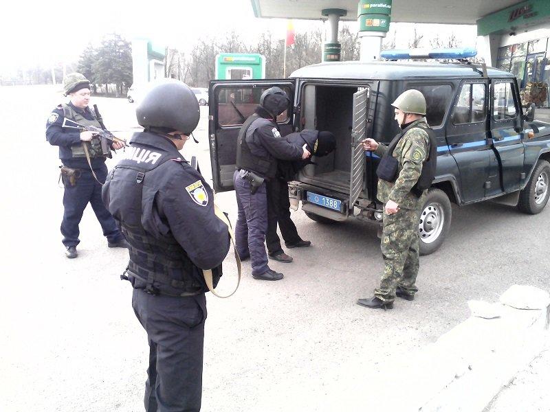 В Бахмуте прошли оперативно - тактические учения на автозаправочной станции, фото-5