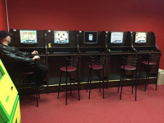 В Кременчуге ликвидированы два игральных заведения (ФОТО) (фото) - фото 1
