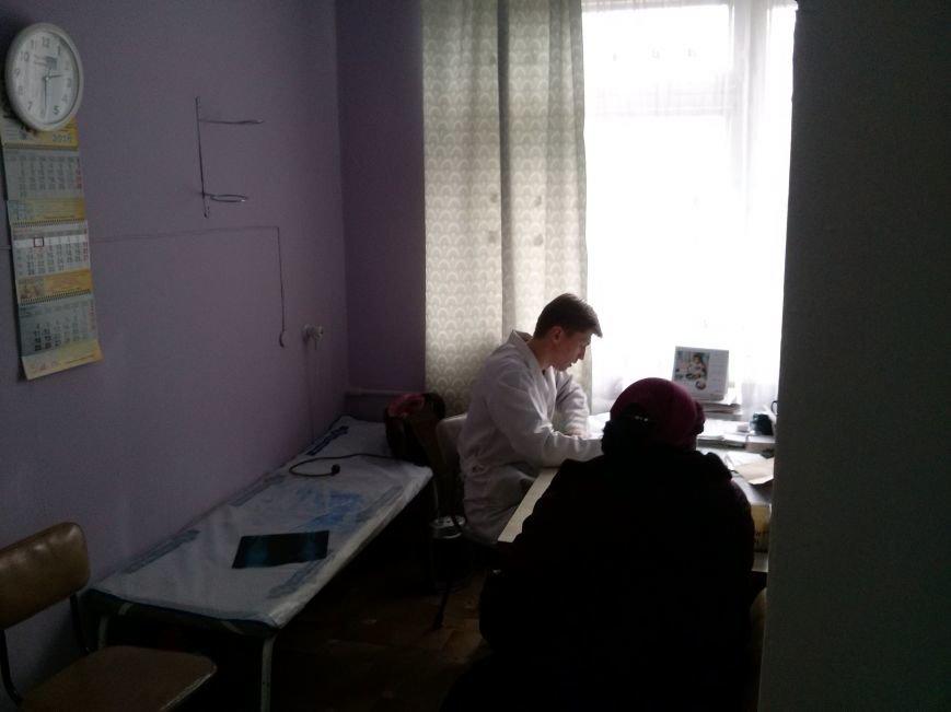 В мариупольской поликлинике пациентке пришлось защищаться от врача (ФОТО) (фото) - фото 1