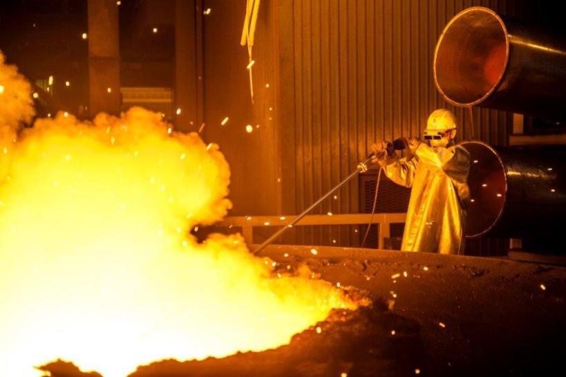 На градообразующем предприятии Полевского внедрена новая технология модифицирования металла (фото) - фото 1