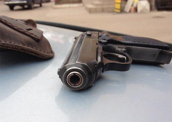 В автомобиле кировоградца полиция обнаружила марихуану и метамфетамин. ФОТО (фото) - фото 1