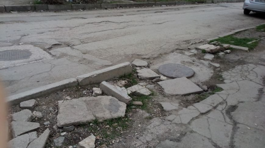 """Жители """"Старого города"""" могут добраться домой только на танке (ФОТОФАКТ), фото-4"""