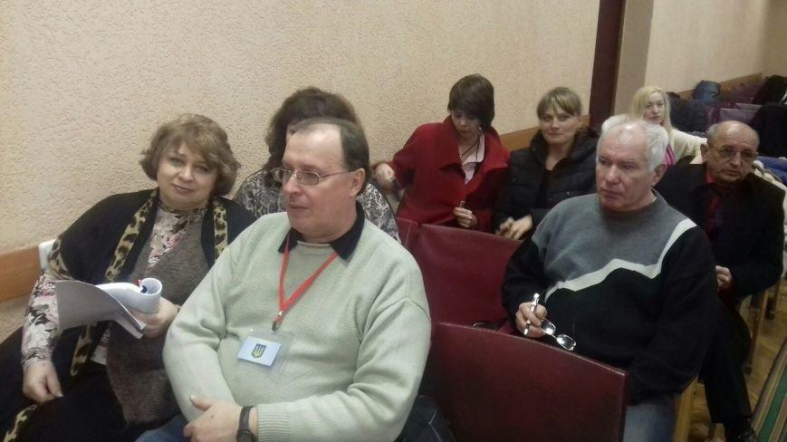 Сегодня горизбирком Кривого Рога последний день регистрирует кандидатов в мэры (фото) - фото 1